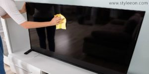 How to clean Tv screen | Styleeon.com |
